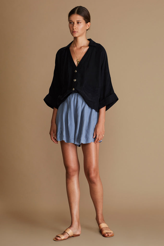 THE VARA BOYFRIEND SHIRT