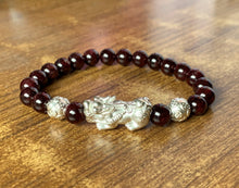 Red Garnet Crystal and Silver Pixiu Beads Stone Gemstone Bracelet Men and Women Gift Jewelry