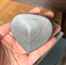 Mexico Silver Obsidian Polished Heart Shape Crystal Tumble Stone Palm Stone Decor - SOB10144