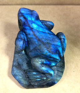 Top Flashy Rainbow Labradorite Hand Carved Crystal Stone Frog Sculpture LAB10150