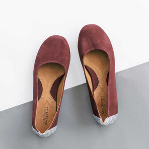Gaby Flat in Wine Leather