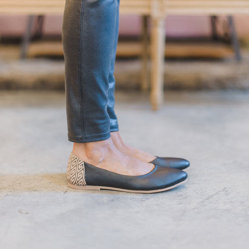 Thea Flat in Noir Leather {New pre order}