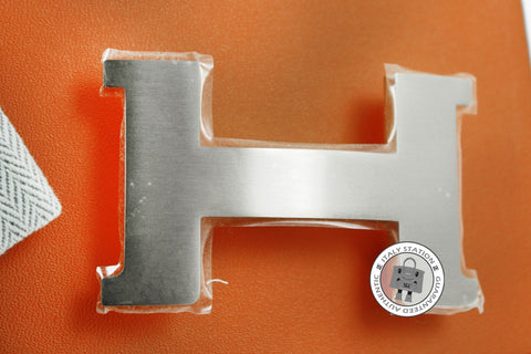 hermes-constance-h-metal-brushed-buckle-phw-IS028882