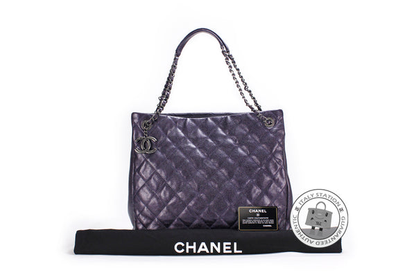 chanel-a-cc-shopping-bag-in-iridescent-calfskin-shoulder-bags-bkhw-IS017675