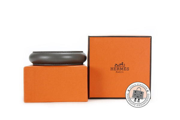hermes-astral-leather-m-bracelet-IS022218