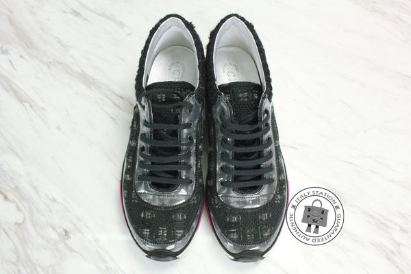 chanel-g-tweed-wmetallic-trims-fabric-sneakers-IS029275
