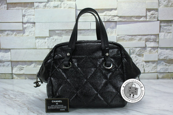 chanel-shopping-leather-tote-bag-shw-IS030855