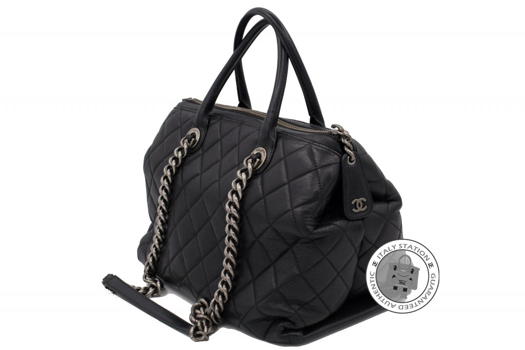 Chanel A92748 Y10466 New Large Chanel Boy Chained Tote Bag Handle Calf –  Italy Station 7cd2b4361f202