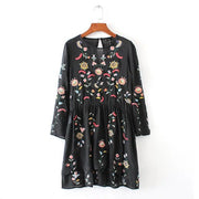 Fashion Round Neck Flower Embroidery Loose Jumper Dress