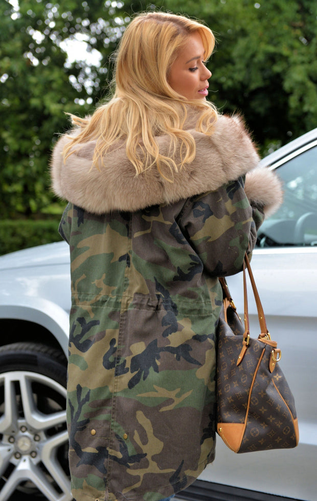 Roiii Thickened Warm Loose  Camouflage Beige Faux Fur Casual Parka Luxury Women Hooded Long Winter Jacket Overcoat EU Size 36-50