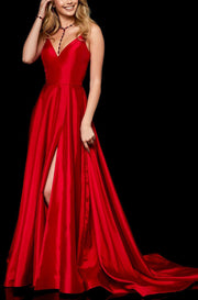 Roiii deep-V open back beautiful party long dresses