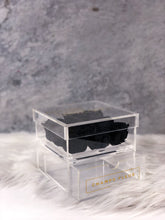 9 Black Roses in a Box that last a year - Comme Le Verre Neuf in Black