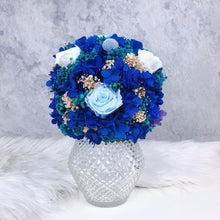 Luxe Crystal Vase with Blue Forever Roses