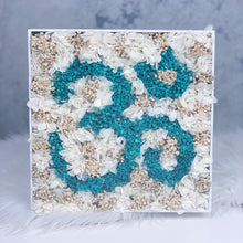 Om Box in Blue