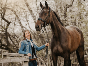 5 Questions for Helle from Finessebridles