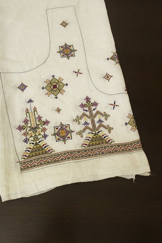 Off White with Pyramaid Hand Done Kutch Work Linen Blouse Fabric