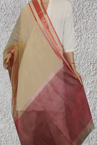 Light Beige with Peach Border Maheshwari Silk Dupatta