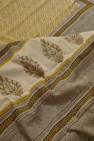Yellow Zig Zag Bagru Printed Mul Cotton Saree