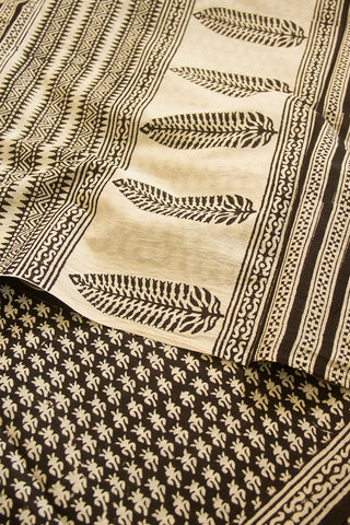 Black Block Printed Mul Cotton Saree