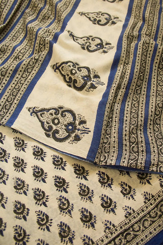 Offwhite with Blue Bagru Print Mul Cotton Saree