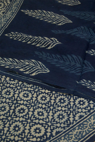 Indigo with White Flower Circle Dabu Print Mul Cotton Saree