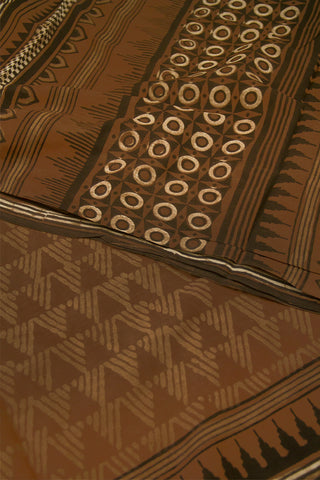 Brown Triangle with Temple Border Dabu Print Mul Cotton Saree