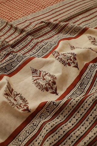 Rust Red with Small Floral Bagru Printed Mul Cotton Saree