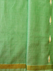 Green Soft Textured Silk Cotton Jamdani Saree