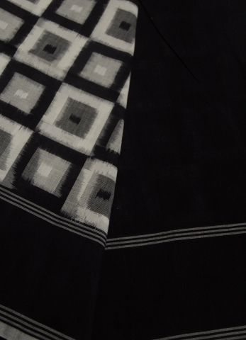 Boxes - Handwoven Ikat Saree
