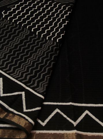 Black Weavs Bloack Printed Mangalagiri Cotton Saree