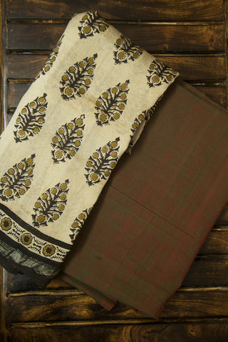 Double Shaded Green Mangalagiri Handwoven Cotton Fabric with Ajrak Dupatta