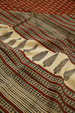 Brick Red Leaf Paisley Bagru Print Mul Cotton Saree