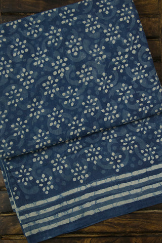 Off White Dots Dabu Block Printed Mul Cotton Saree