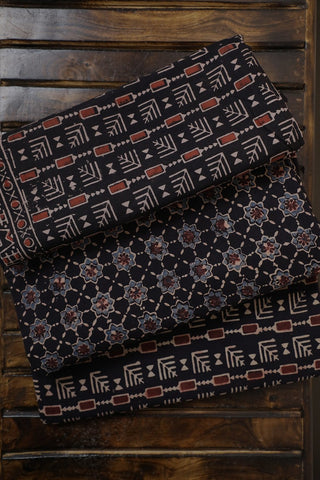 Ajrak Full Suits - Matkatus
