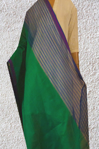 Green with Blue Missing weave Handwoven Maheshwari Silk cotton Dupatta