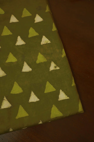 Triangle in Double Colour Block Printed Cotton Fabric-0.5 m