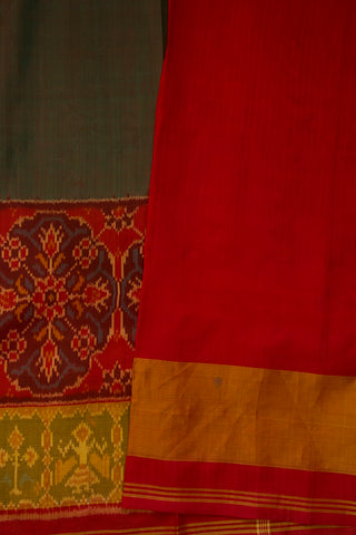 Double Shaded Green with Maroon Border Pochampally Handwoven Silk Ikat Saree