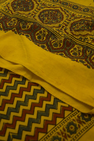 Yellow with Indigo and Maroon Zig Zag Cotton Stole
