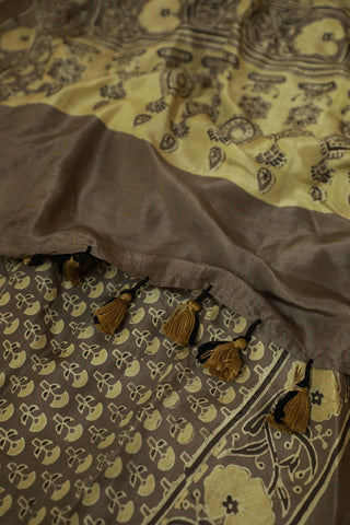 Small Floral Mulberry Silk Ajrak Stole