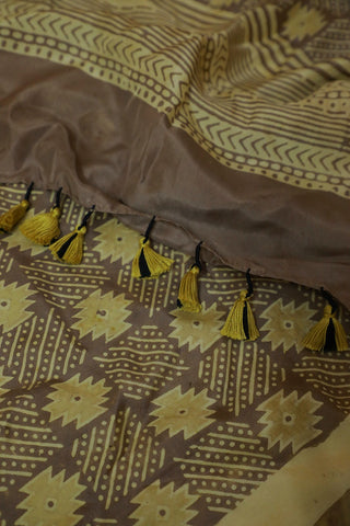 Yellowish Grey Mulberry Silk Ajrak Stole
