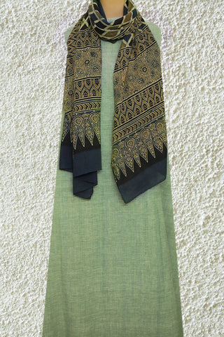 Natural Dye Khadi Top with Ajrak Stole