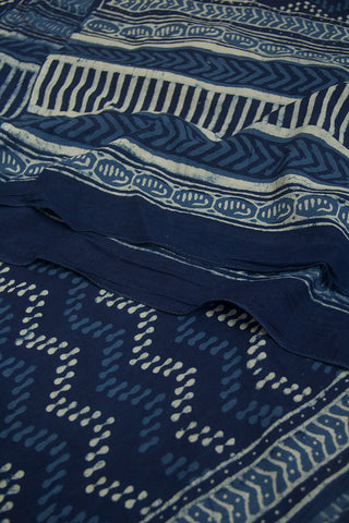 Off White with Indigo Zig Zag Printed Mul Cotton Dupatta