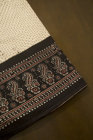 Maroon Flower with Black Border Ajrak Cotton Fabric-0.9 m