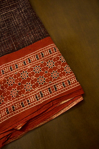 Beige Stars Daman Print Ajrak Bordered Fabric
