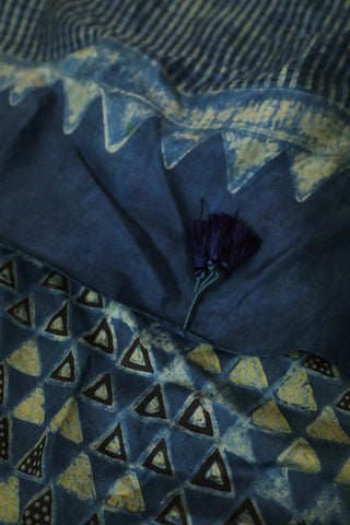 Blackish Blue with Triangles Mulberry Silk Ajrak Stole