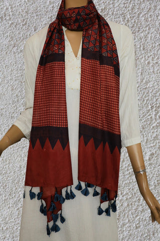 Triangles in Light Maroonish Brown Mulberry Silk Ajrak Stole