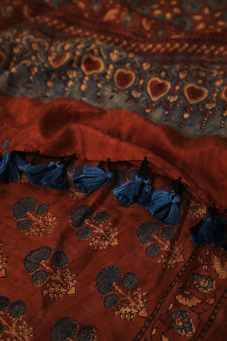 Three Flower Design in Maroonish Brown Mulberry Silk Ajrak Stole
