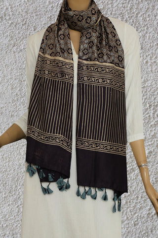 Light Blue floral Mulberry Silk Ajrak Stole