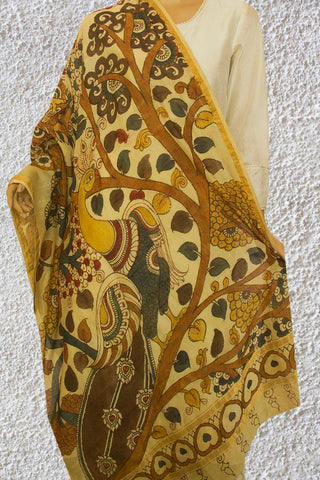 Off White with Peacock  Painted Kalamkari Maheshwari Dupatta