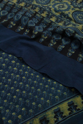 Pale Yellow Small Leaf Floral Block Printed Ajrak Cotton Dupatta